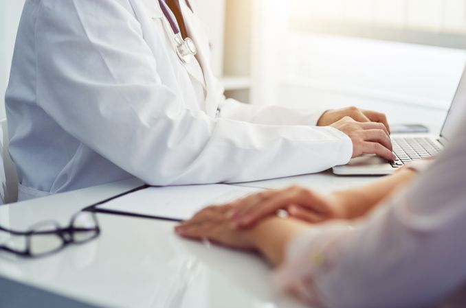 O zaświadczeń pisaniu i pacjentów badaniu