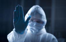 """Przychodnia: """"szczepienia przeciwko Covid-19 to eksperyment medyczny"""""""