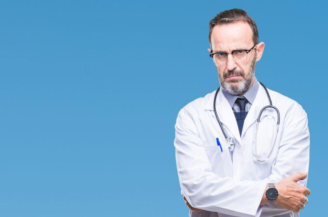 Dyrektor Centrum Egzaminów Medycznych rezygnuje. Nie chce ogólnodostępnej puli pytań