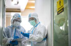 Postawy lekarzy w czasie epidemii