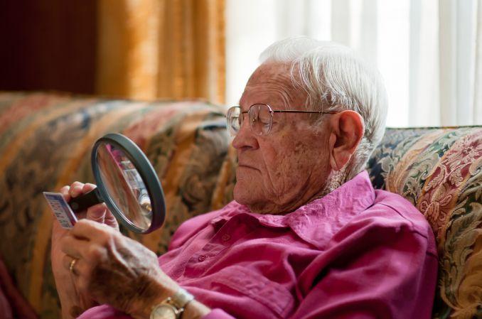 Zwyrodnienie plamki związane z wiekiem (AMD). Przewodnik dla lekarza medycyny rodzinnej