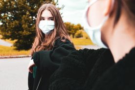 Mało nastolatków chętnych do szczepień