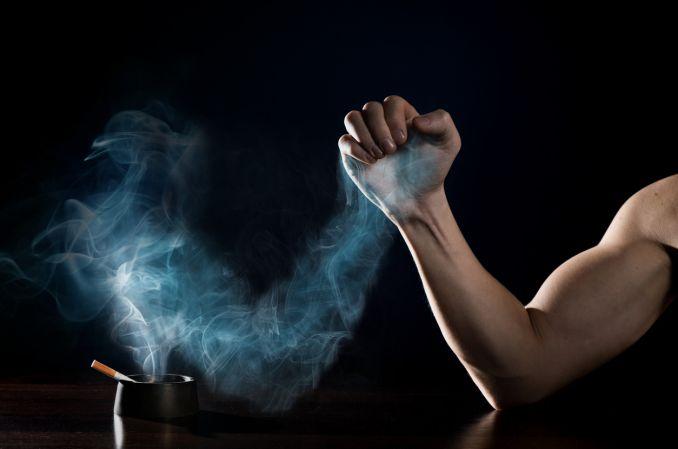 Rzucenie palenia może mieć związek z poprawą zdrowia psychicznego