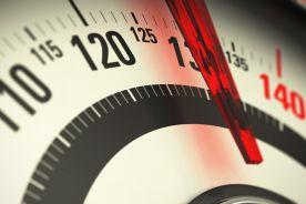Masa ciała silnie związana z intensywnością objawów COVID-19