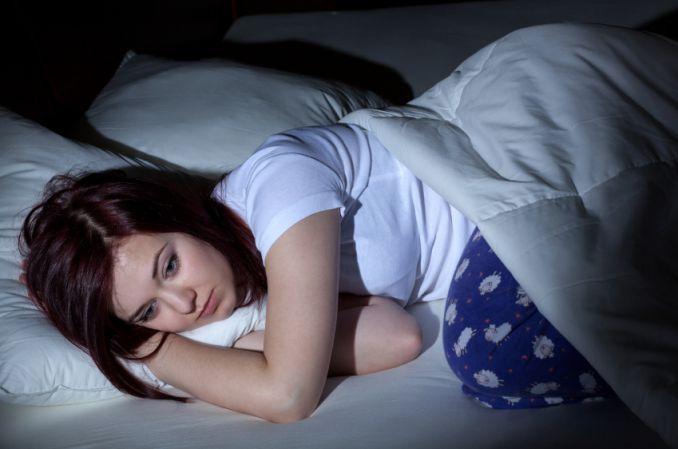 Już słaba poświata zaburza produkcję melatoniny
